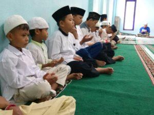 Mustajabnya Doa Anak Yatim (Doa Bersama Malam Jum'at)