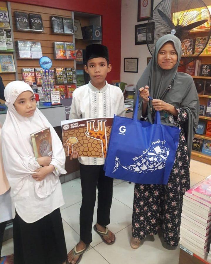Sabrina Dan Keluarga Sang Hafidz Qur'an