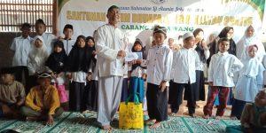 Pembagian Paket dan Santunan Lebaran Anak Yatim & Kaum Dhuafa di Semua Cabang