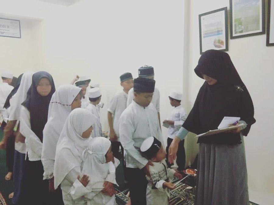 Doa & Istighosah Bersama Anak Yatim di Asrama Pusat
