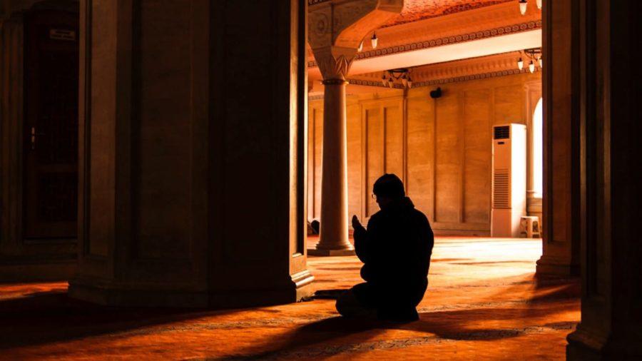 Mengetuk Pintu Langit, Membuka Pintu Keajaiban Dengan Do'a