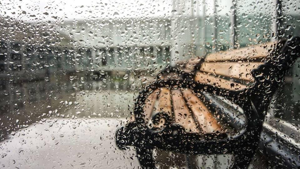 Memandang Hujan Sebagai Rahmat