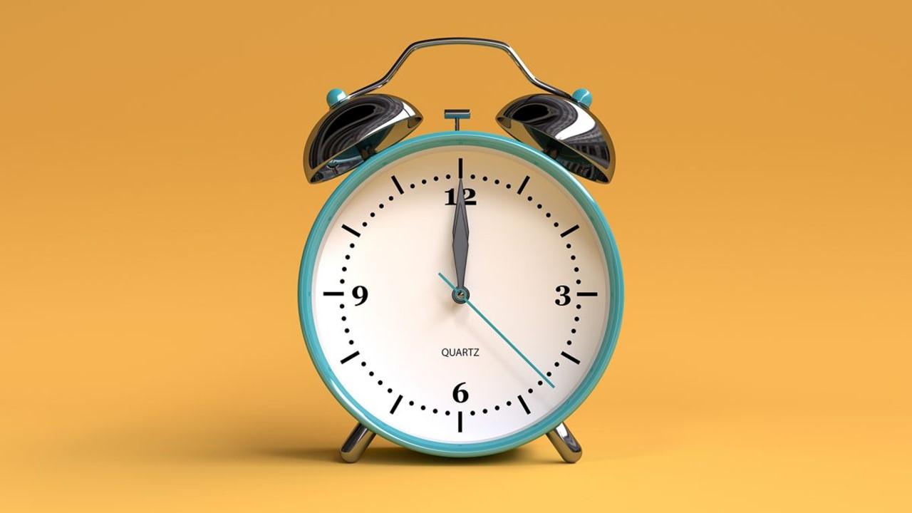Cara Memanfaatkan Waktu dan Meninggalkan Sesuatu yang Melalaikan